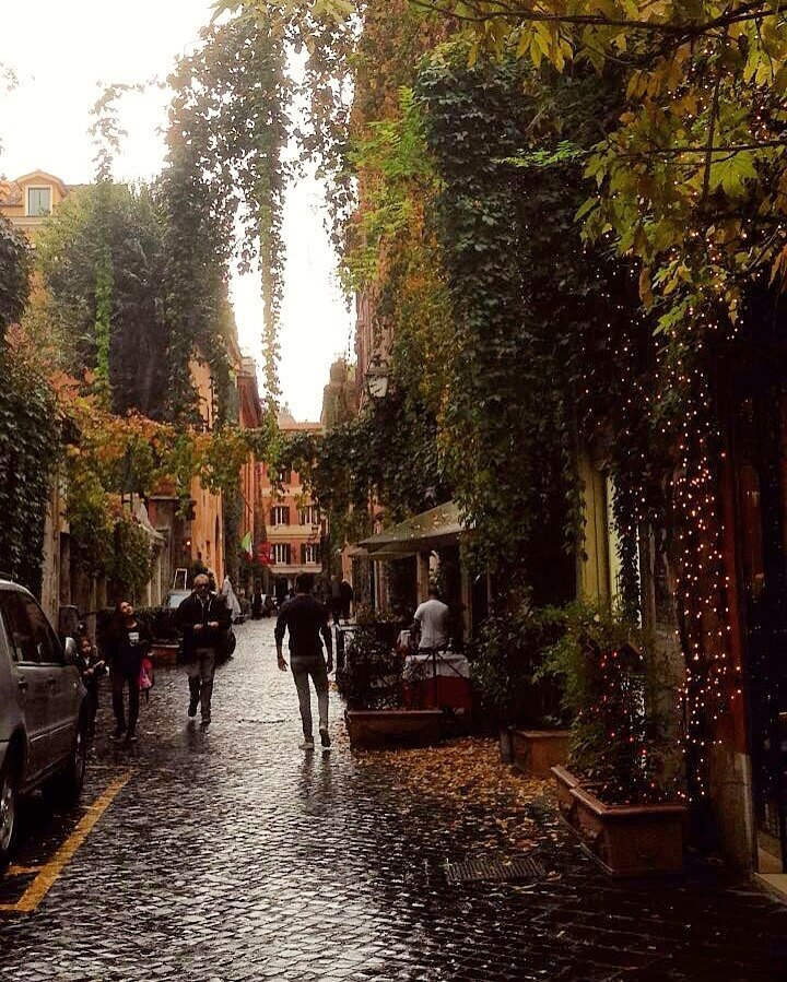 Lost somewhere in the wobbly side streets of Rome