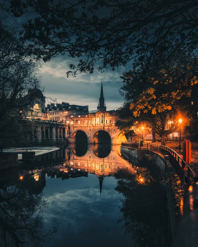 Beautiful reflections along the river in Bath - Photo by Lloyd Evans on Scopio