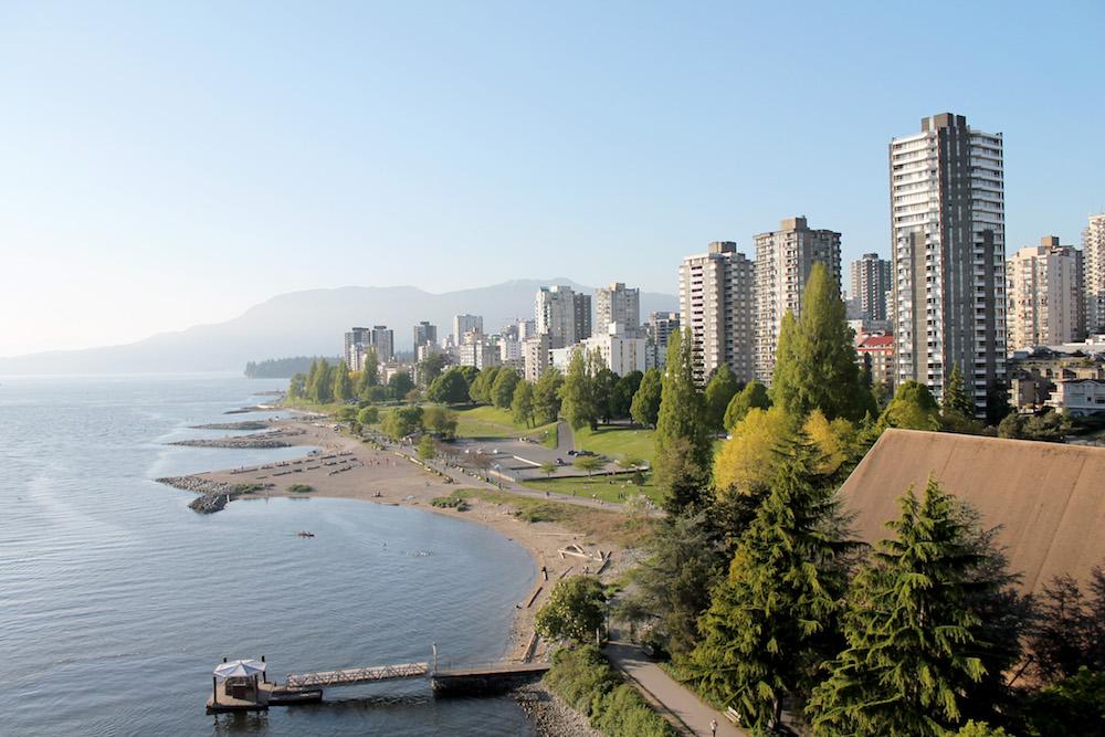 The Vancouver city skyline and beach - Photo by Shaylen Anita on Scopio