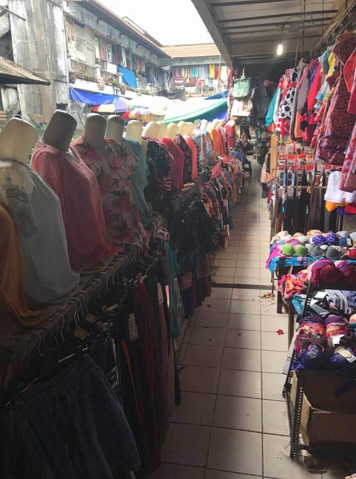 The colourful market of Ubud