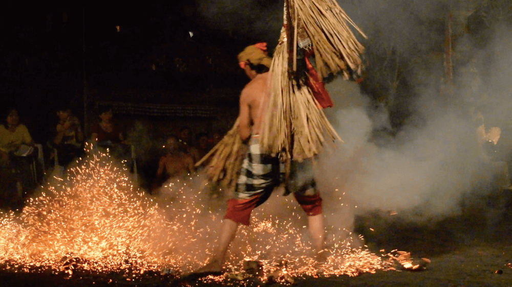The fire dancing performance in Ubud