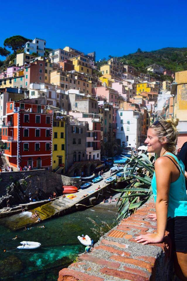 Watching Riomaggiore from the harbour