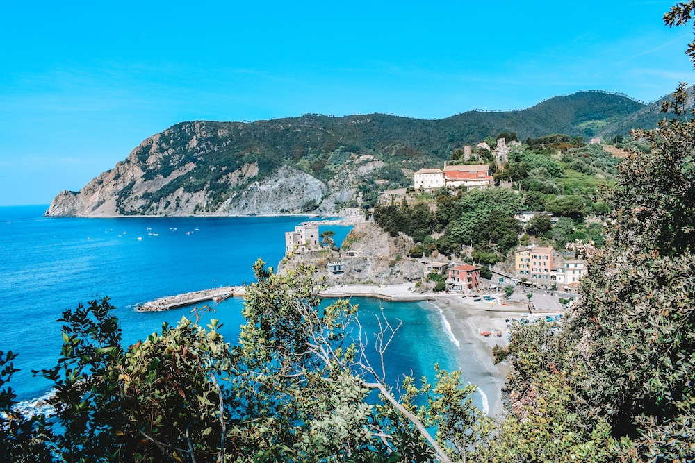 Just outside Monterosso, the first town in Cinque Terre, about to set off along the Sentiero Azzurro