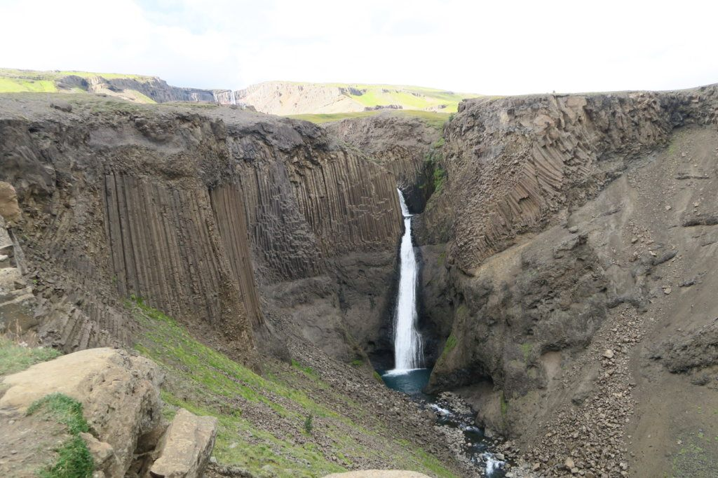 Hengifoss Fall, photo by Travel Hacker Girl