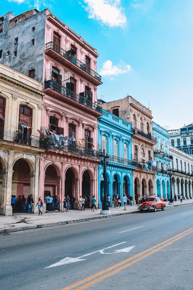 The colourful colonial houses of Havana, Cuba