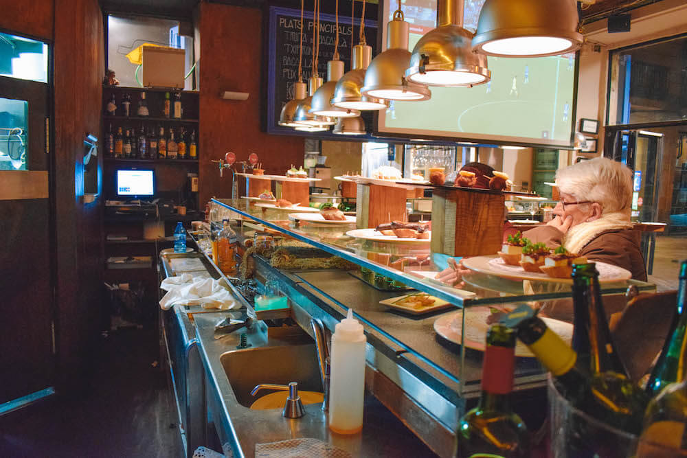 A pinchos bar we visited on our Barcelona tapas tour