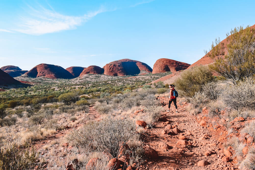 Hiking in Kata Tjuta with our water bottles!