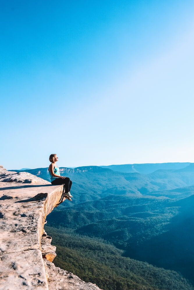 Looking over the Blue Mountains National Park, Sydney