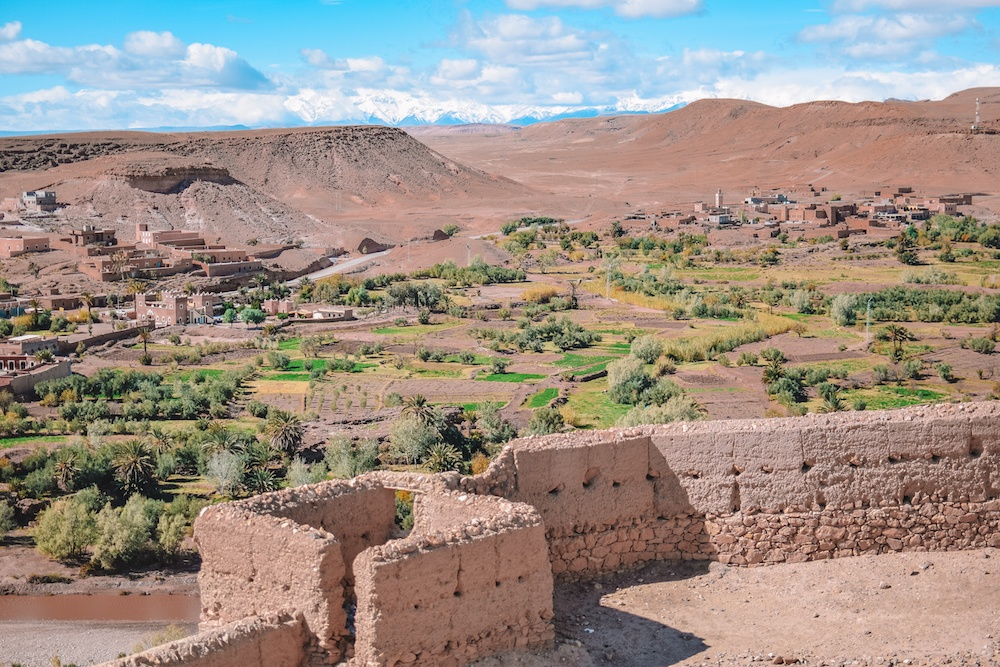 The view from the hill in Ksar Ait Ben Haddou over the surrounding countryside and mountains