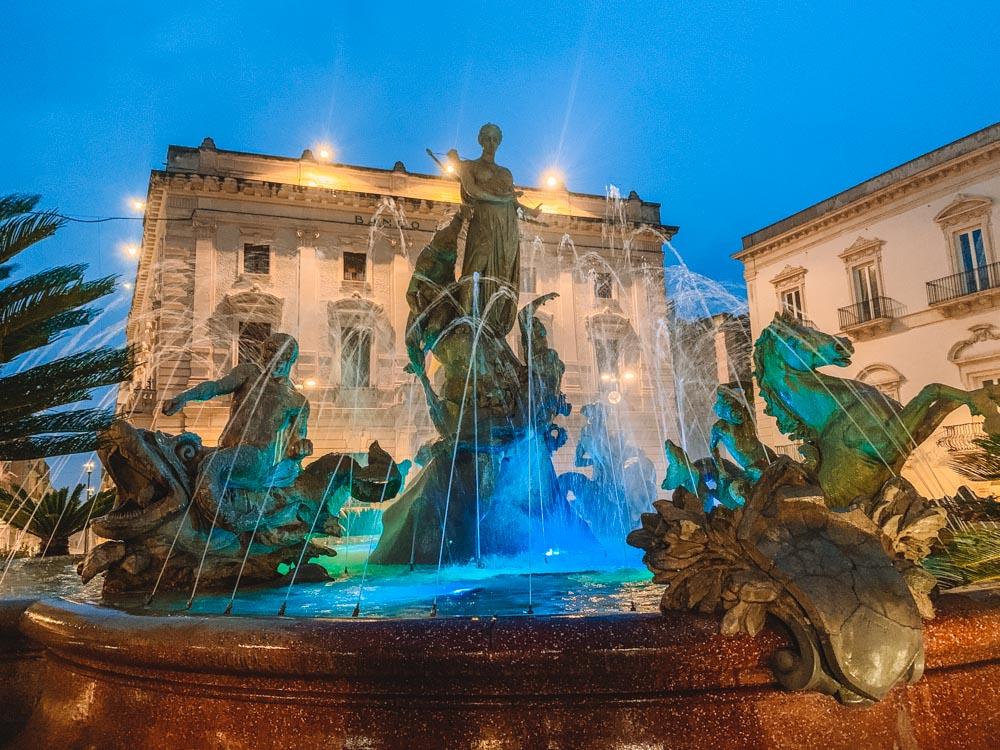 The fountain of Diana on Ortigia Island