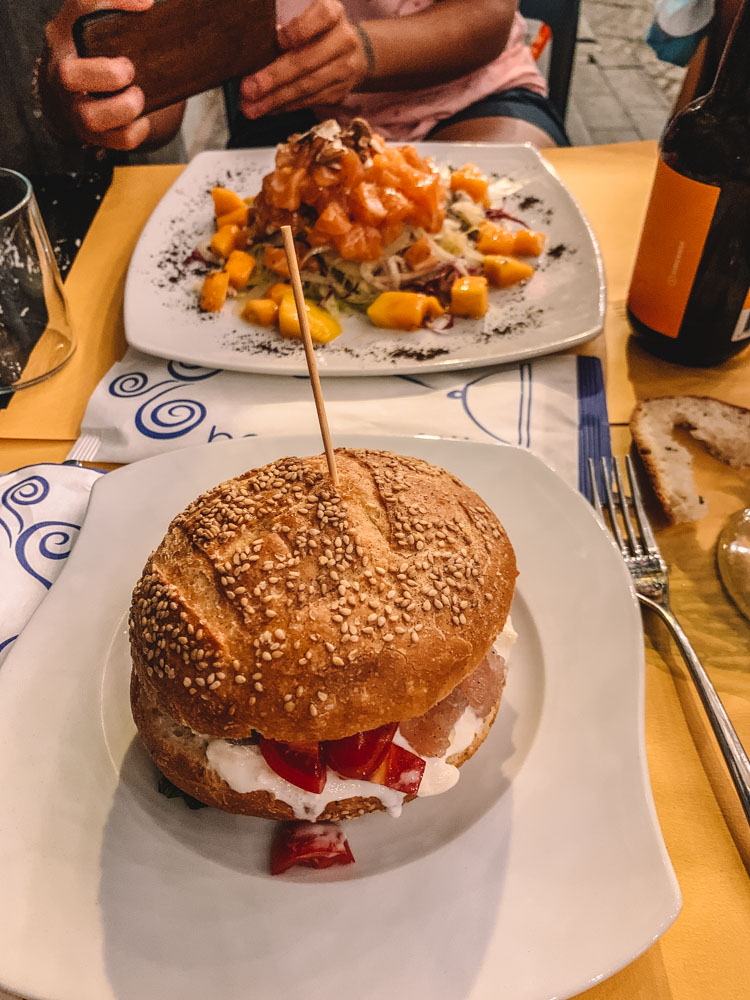 Our tasty tartares and tartare burgers from Fisharia in Catania