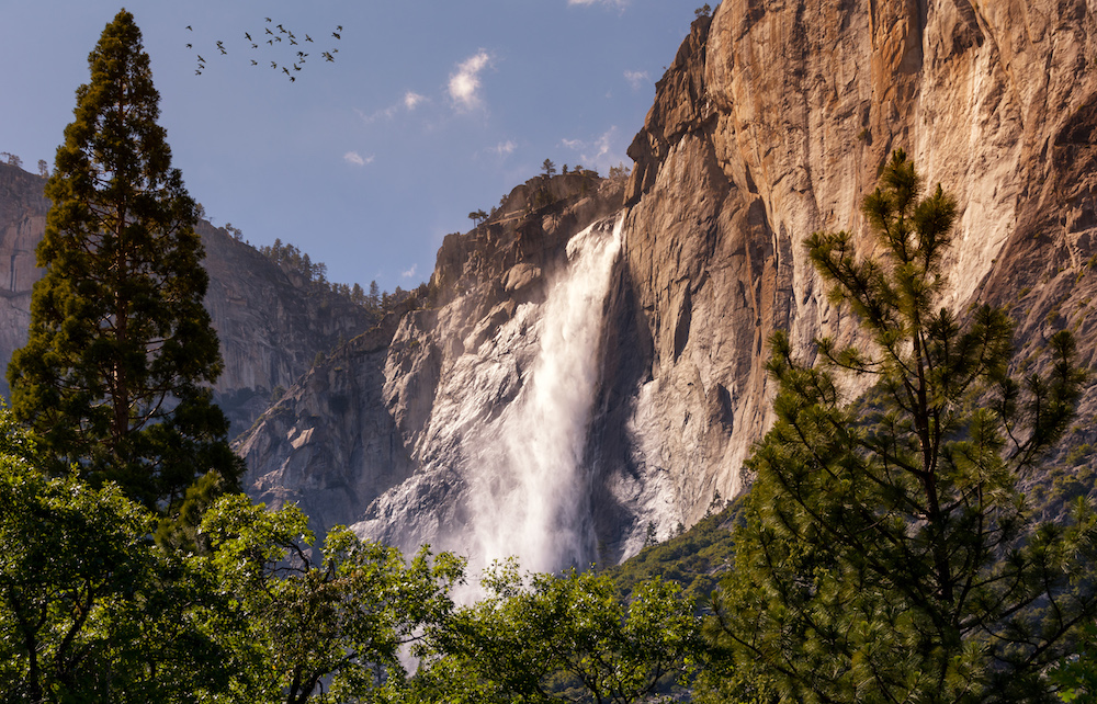 Yosemite Falls in Yosemite National Park - Photo by Joseph Miguel on Scopio
