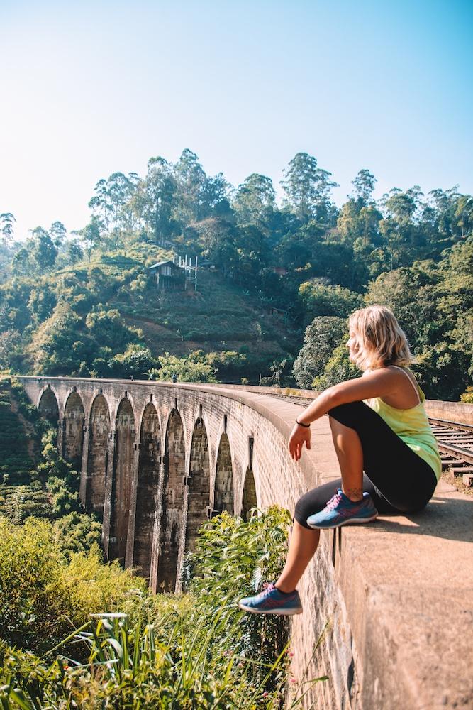 Nine Arch Bridge in Ella, Sri Lanka, a must see when you spend 2 weeks in Sri Lanka
