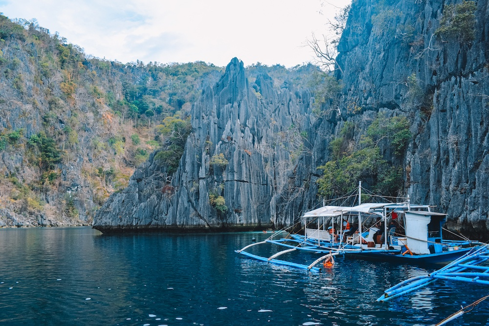 A traditional Filipino boat at the twin lagoons in Coron