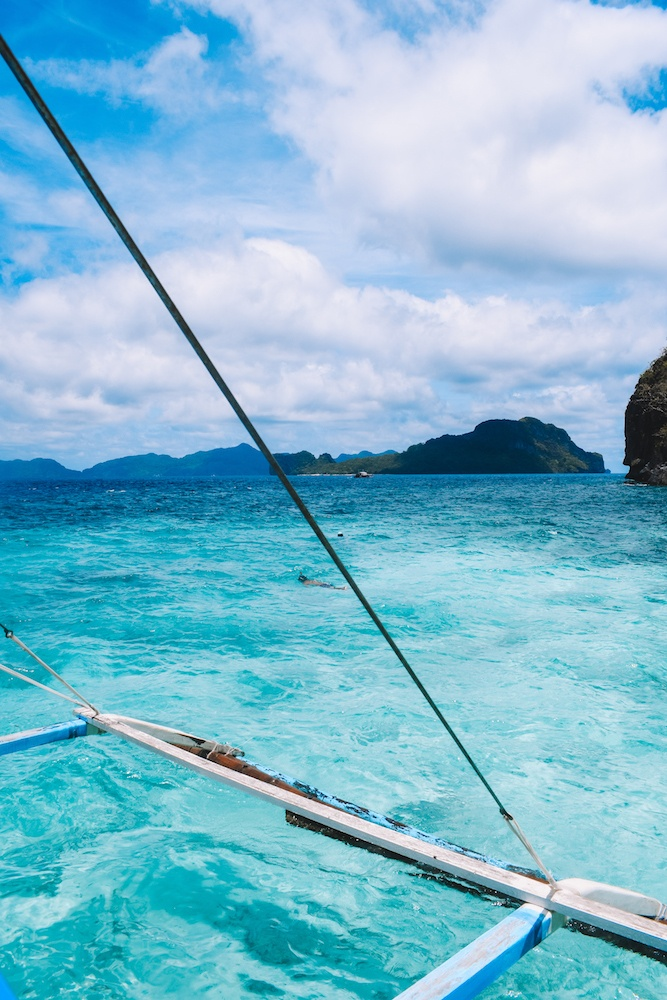 The turquoise water of El Nido, Philippines