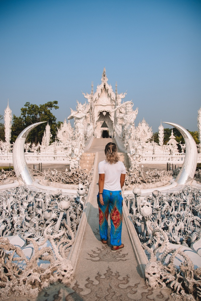 Exploring the White Temple (Wat Rong Khun) in Chiang Rai