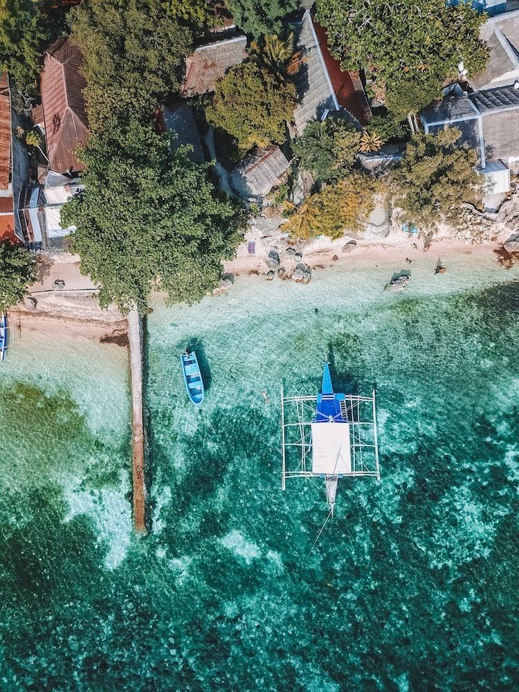 Drone shot by @solarpoweredblonde of one of the beaches in Moalboal in Cebu Island