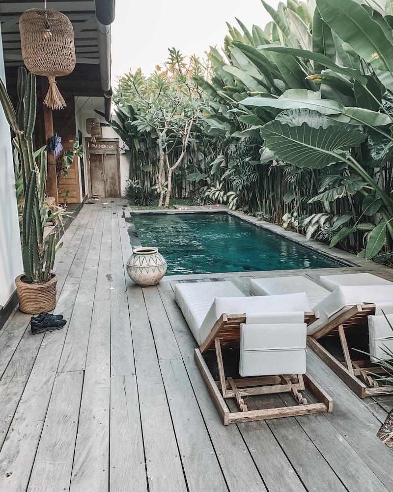 The pool at Villa Kula, photo by Taverna Travels