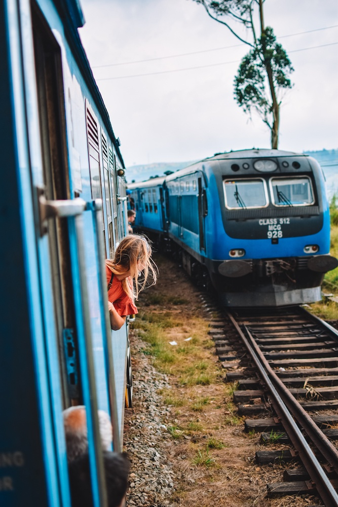 Another turquoise train approaching us while enroute from Kandy to Ella