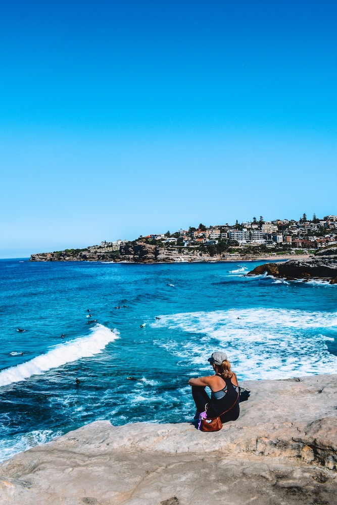 Enjoying the views over the ocean while hiking from Coogee to Bondi in Sydney