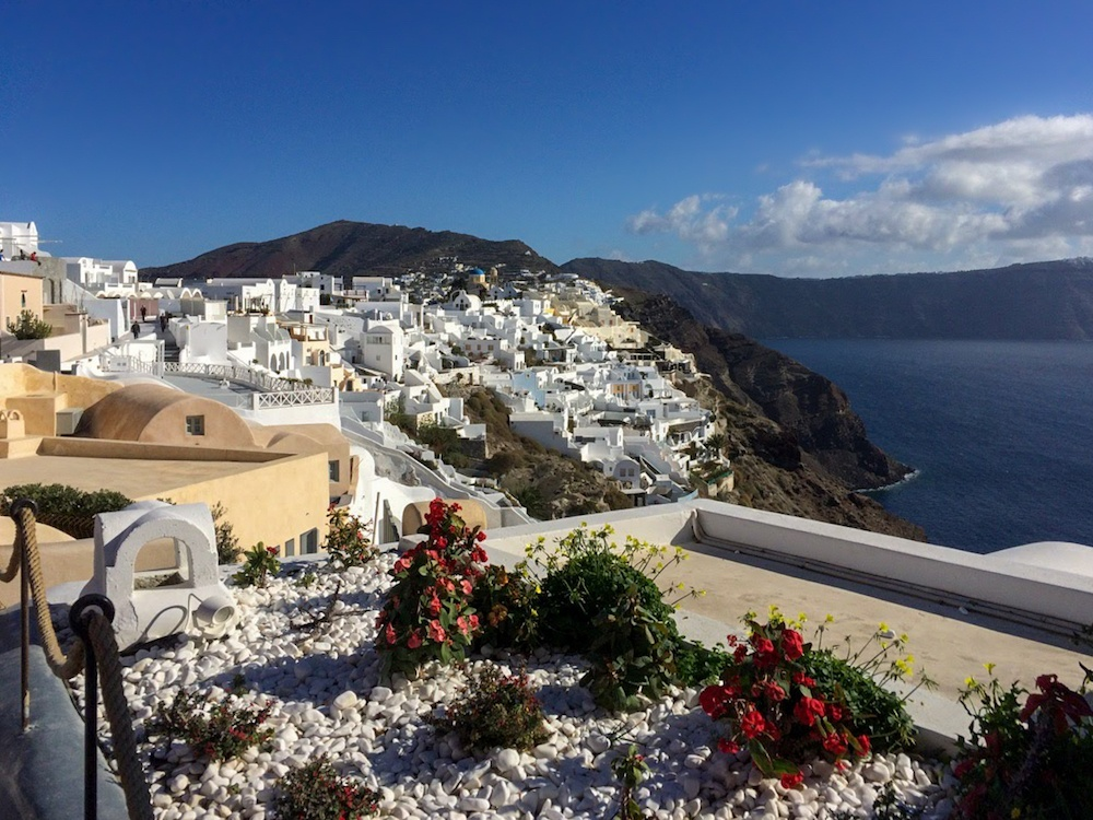 The iconic white houses of Santorini, photo by Life Journey 4 Two