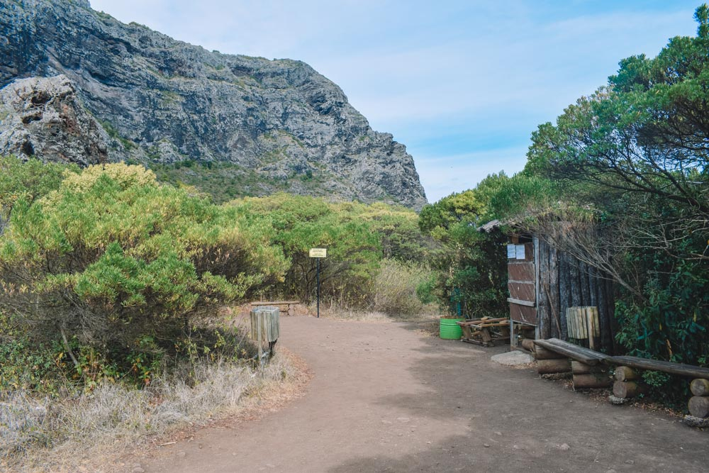 The checkpoint halfway up the Le Morne Brabant hike