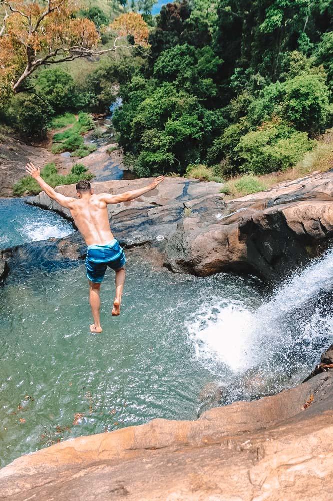Diving into the rock pools of Diyaluma Falls