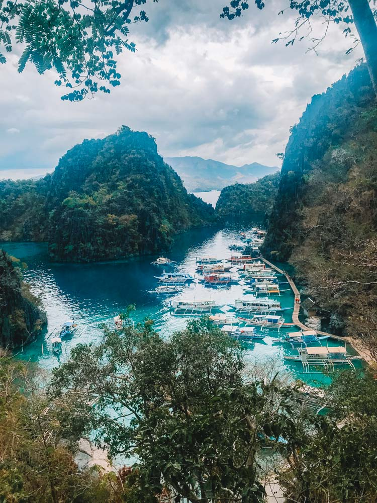 The iconic view over Kayangan Lake that you can see during the Coron Ultimate Tour