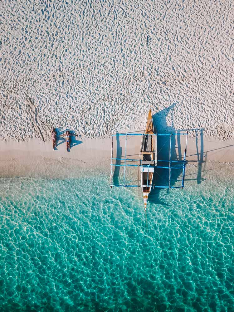 Drone shot by my friend @solarpoweredblonde of one of the beaches during our island hopping tour in El Nido