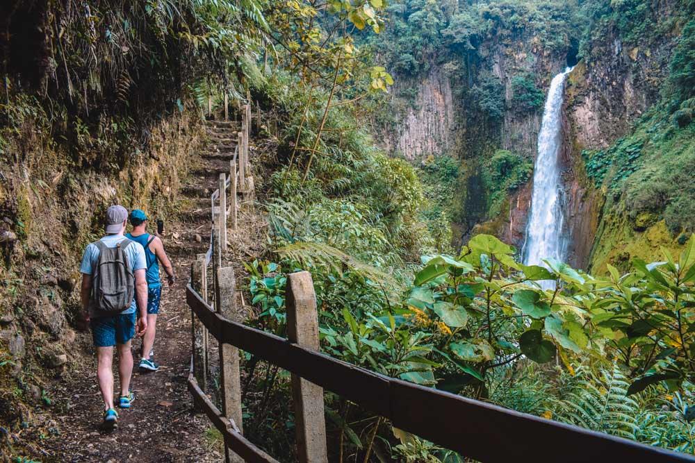 Hiking to Catarata del Toro waterfall