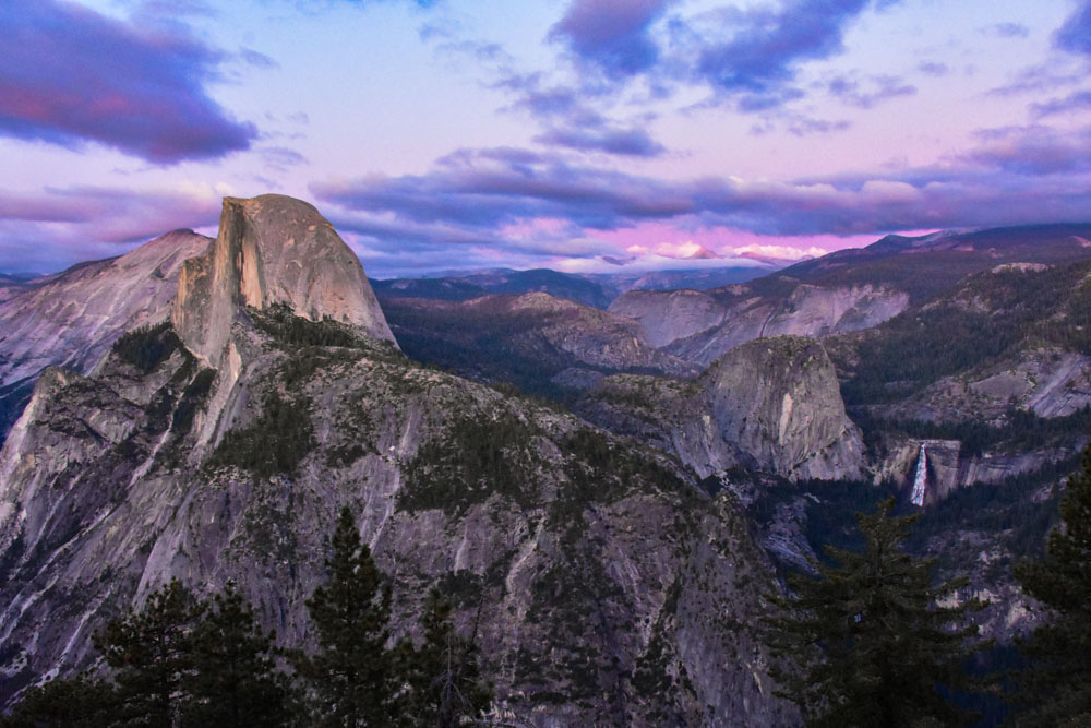 Watching the sunset over Yosemite National Park from Glacial Viewpoint