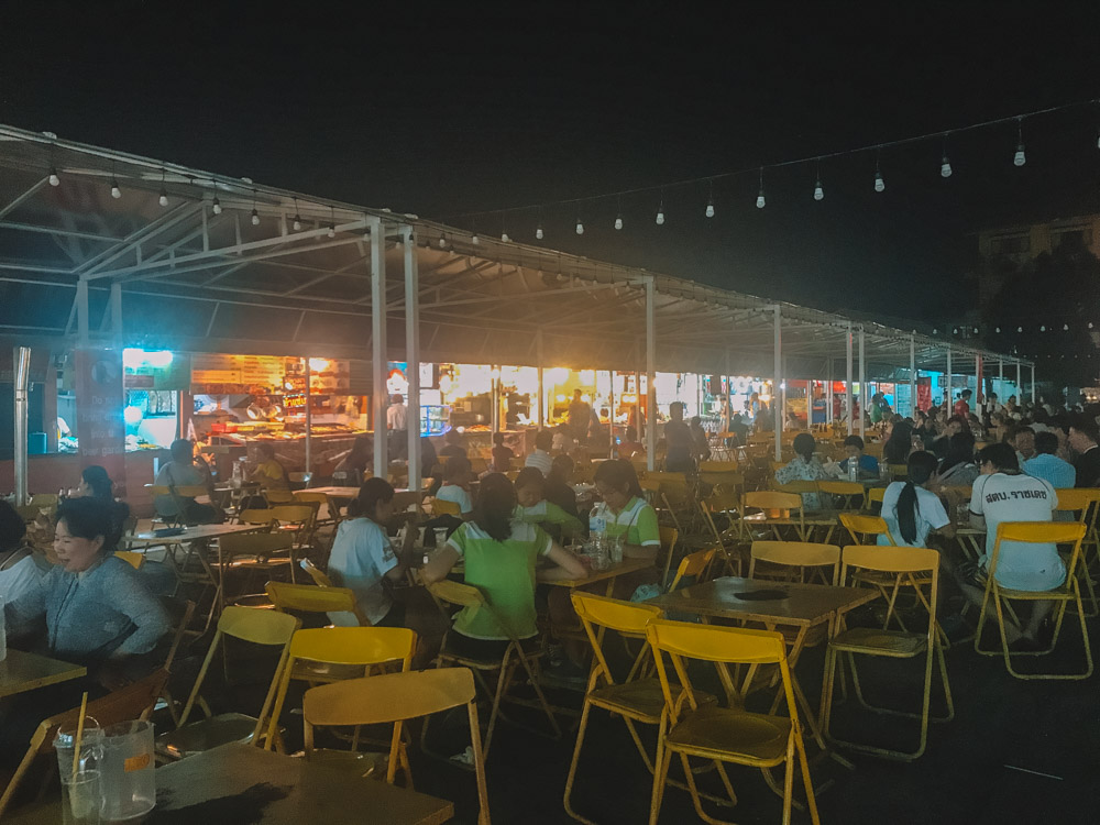 The central dining area of the Night Bazaar of Chiang Rai