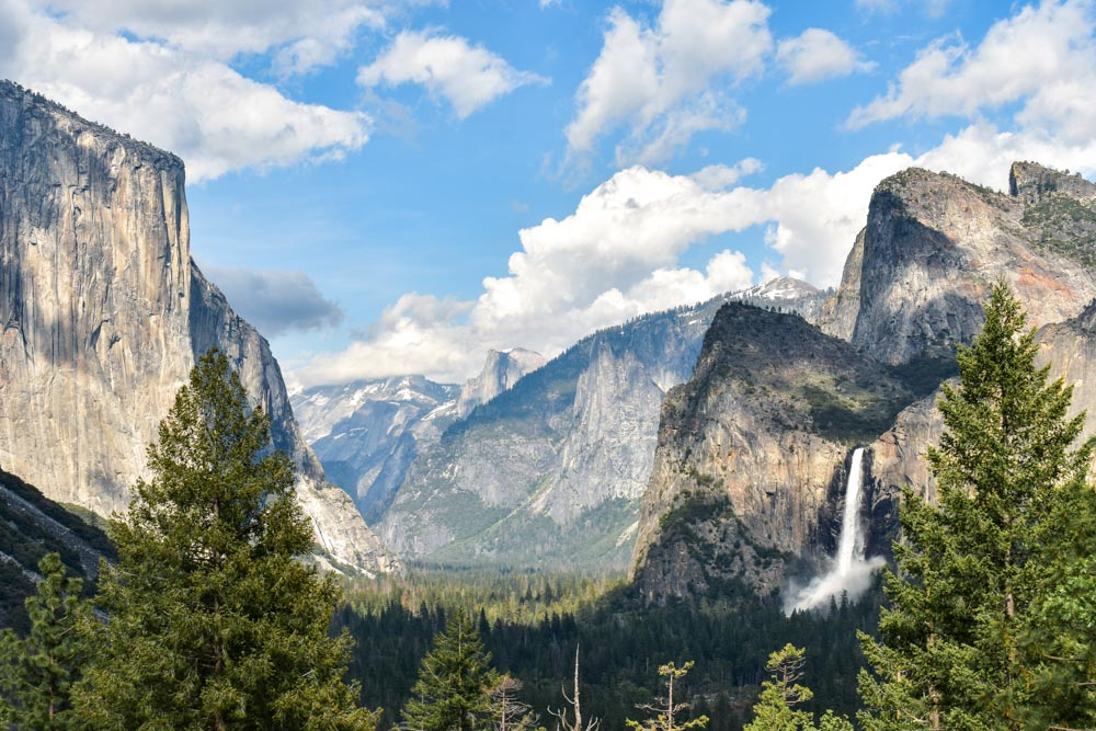 Tunnel View in Yosemite National Park, photo by Bartender Abroad