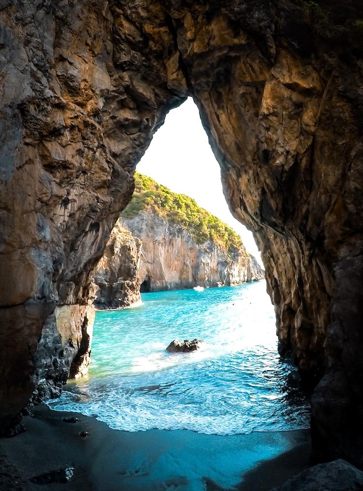 The beautiful Grotta del Saraceno in Calabria, Italy - Photo by Daniele Tavolini on Scopio