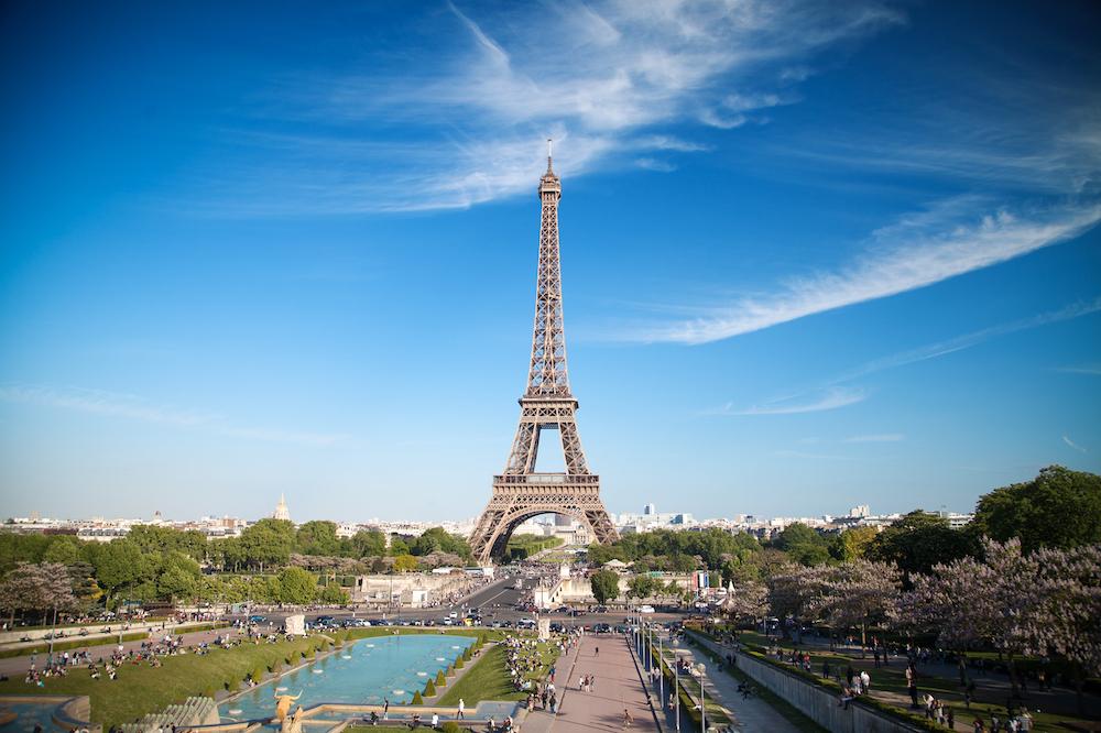 The Eiffel Tower and Paris skyline - Photo by Aliaksei Skreidzeleu on Scopio