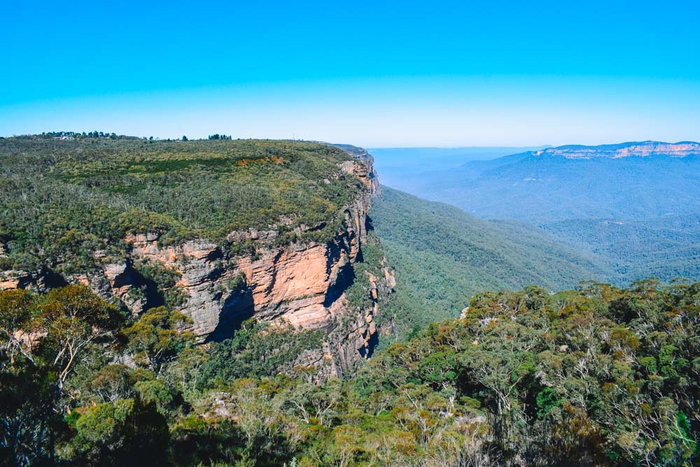 Epic views over Blue Mountains National Park