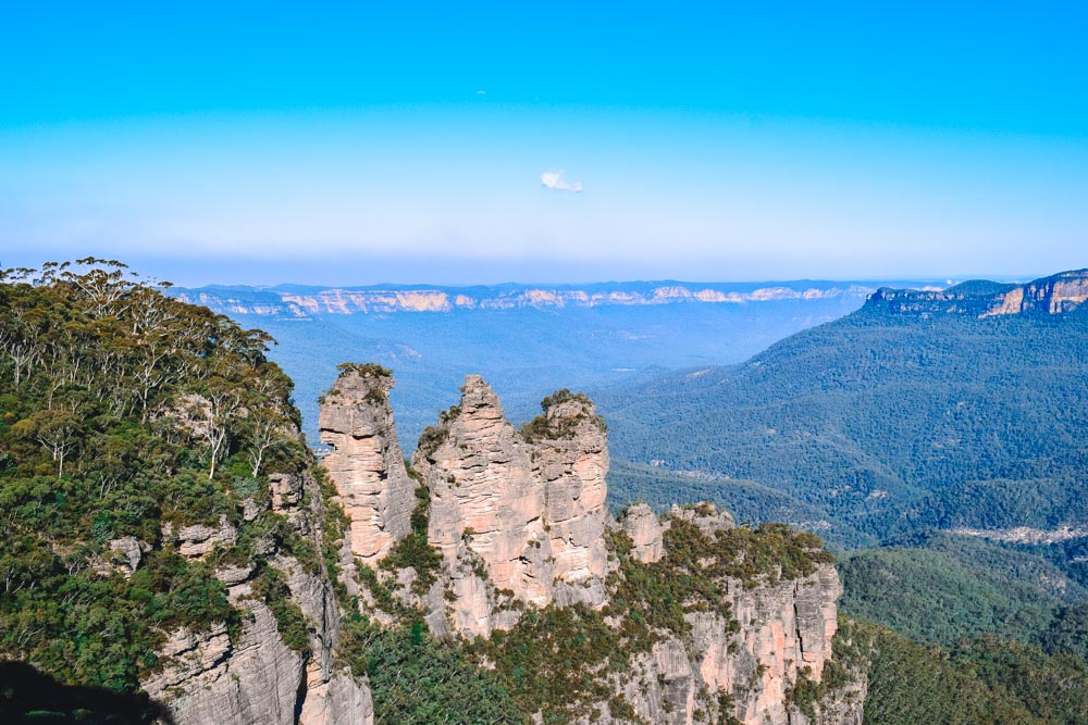 The Three Sisters rock formations in Blue Mountains National Park