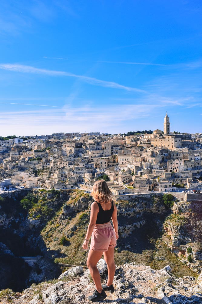 Enjoying the view over Matera from the viewpoint of the viewpoint of the Parco Regionale della Murgia Materana
