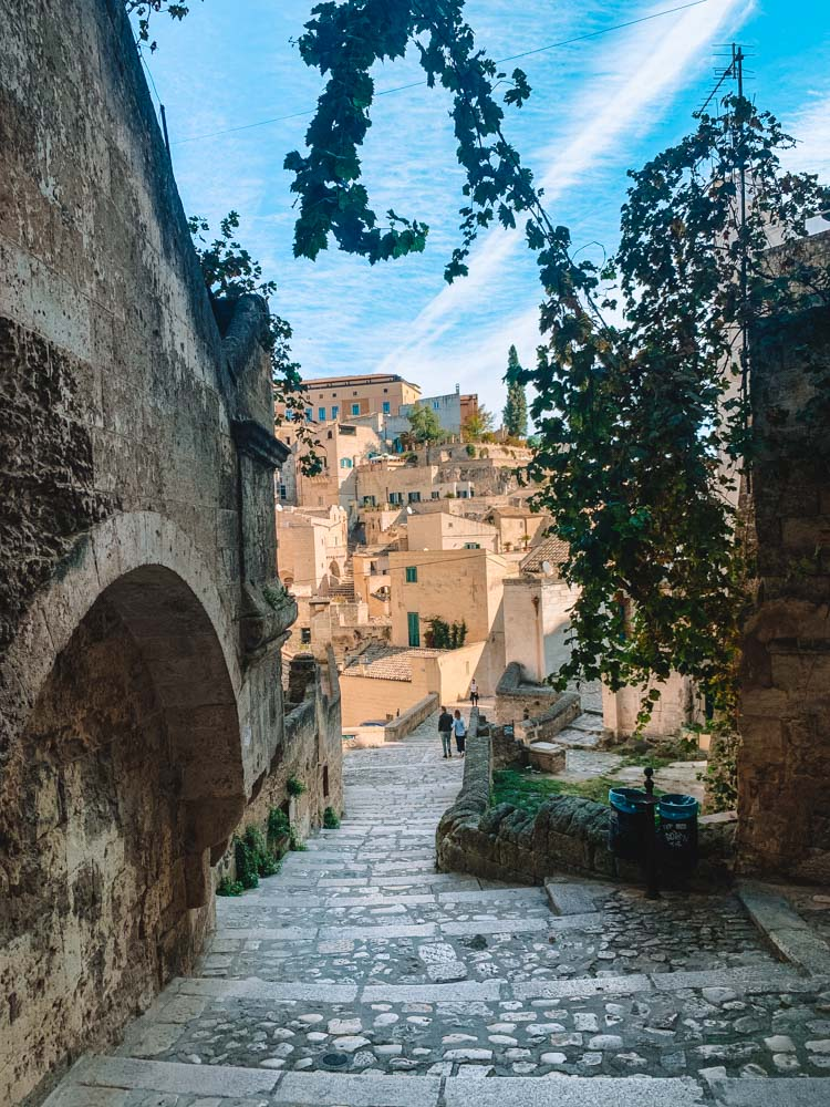 Wandering around the cute streets of the Sassi di Matera