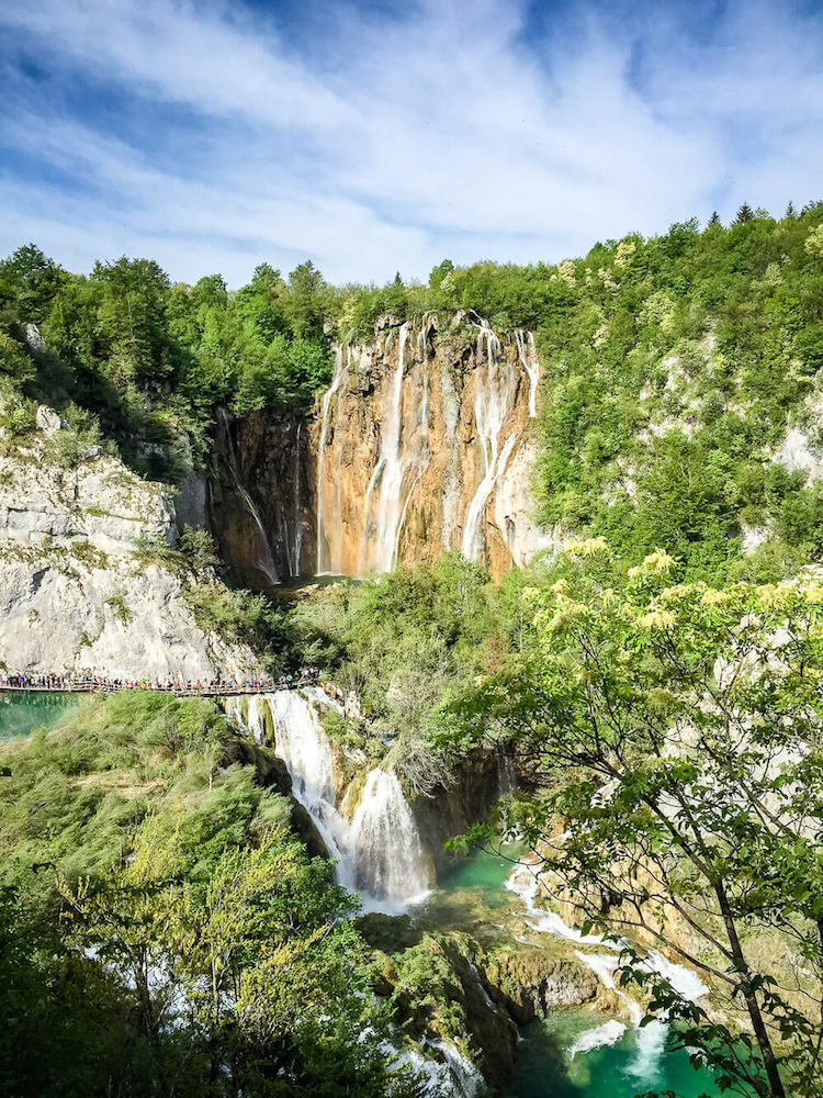 The beautiful waterfalls of Plitvice Lakes National Park in Croatia - photo by Family Can Travel