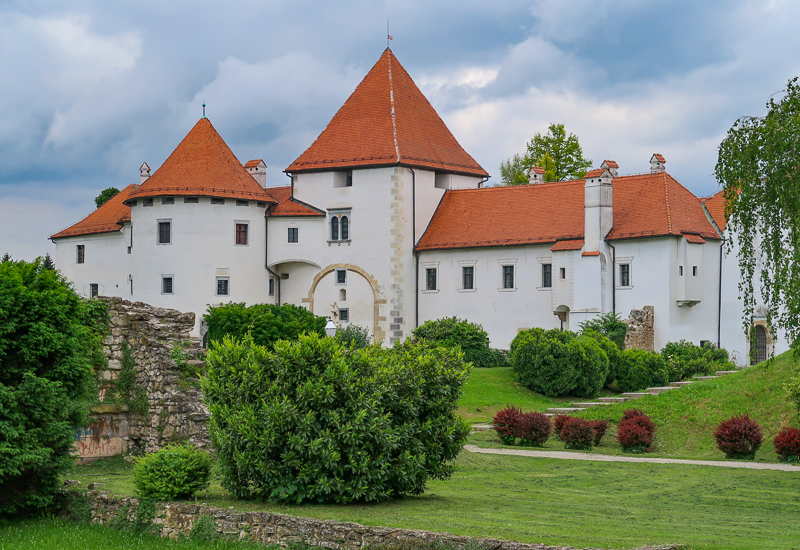 Varazdin Castle in Croatia - photo by It's Not About the Miles