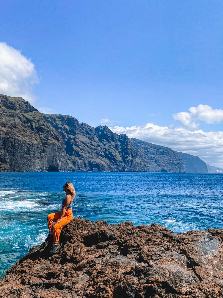 Admiring the cliffs of Los Gigantes from Punta Teno Lighthouse