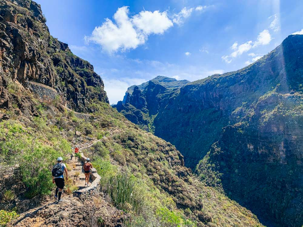 The views at the start of the Barranco del Infierno hike