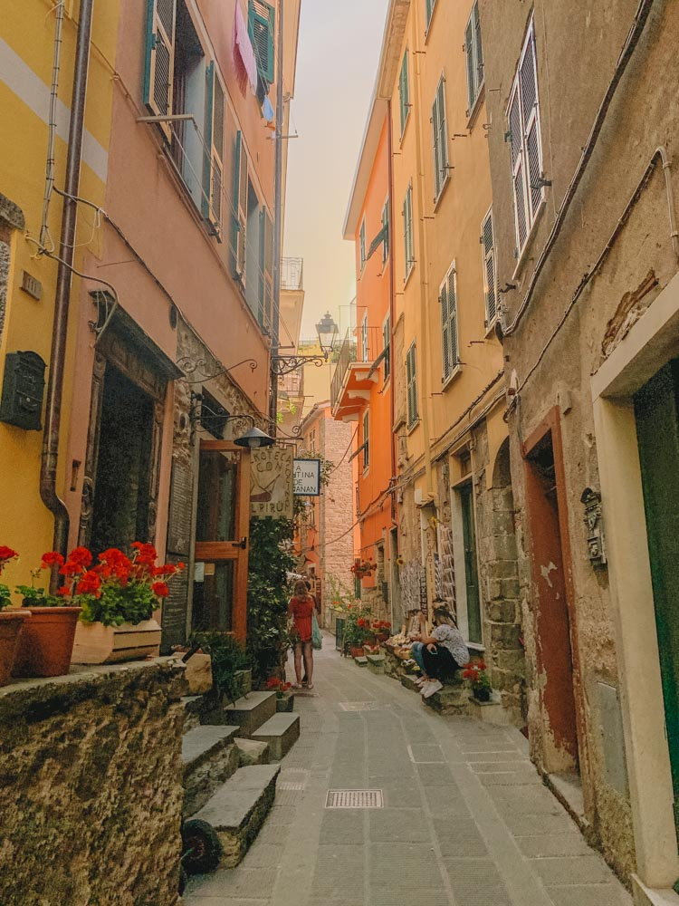 The cute streets of Corniglia in Cinque Terre, Italy - the best place to stay in Cinque Terre for a quiet vacation
