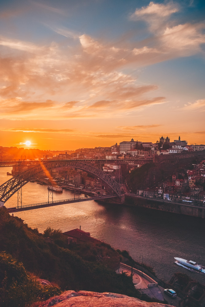 Enjoying the sunset over Porto and the Douro River from Kittie Rock