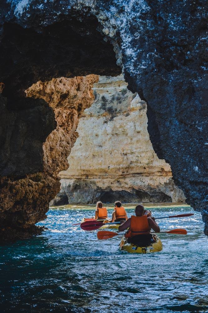 Kayaking through the arches and sea caves of Ponta da Piedade