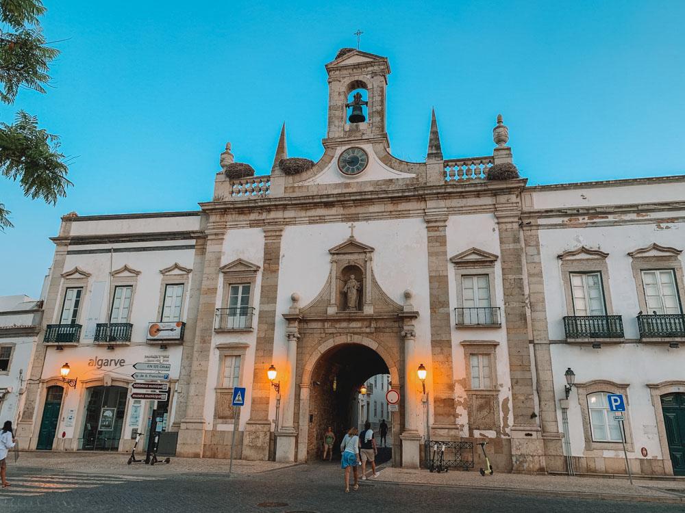 Exploring Arco da Vila in Faro, Portugal
